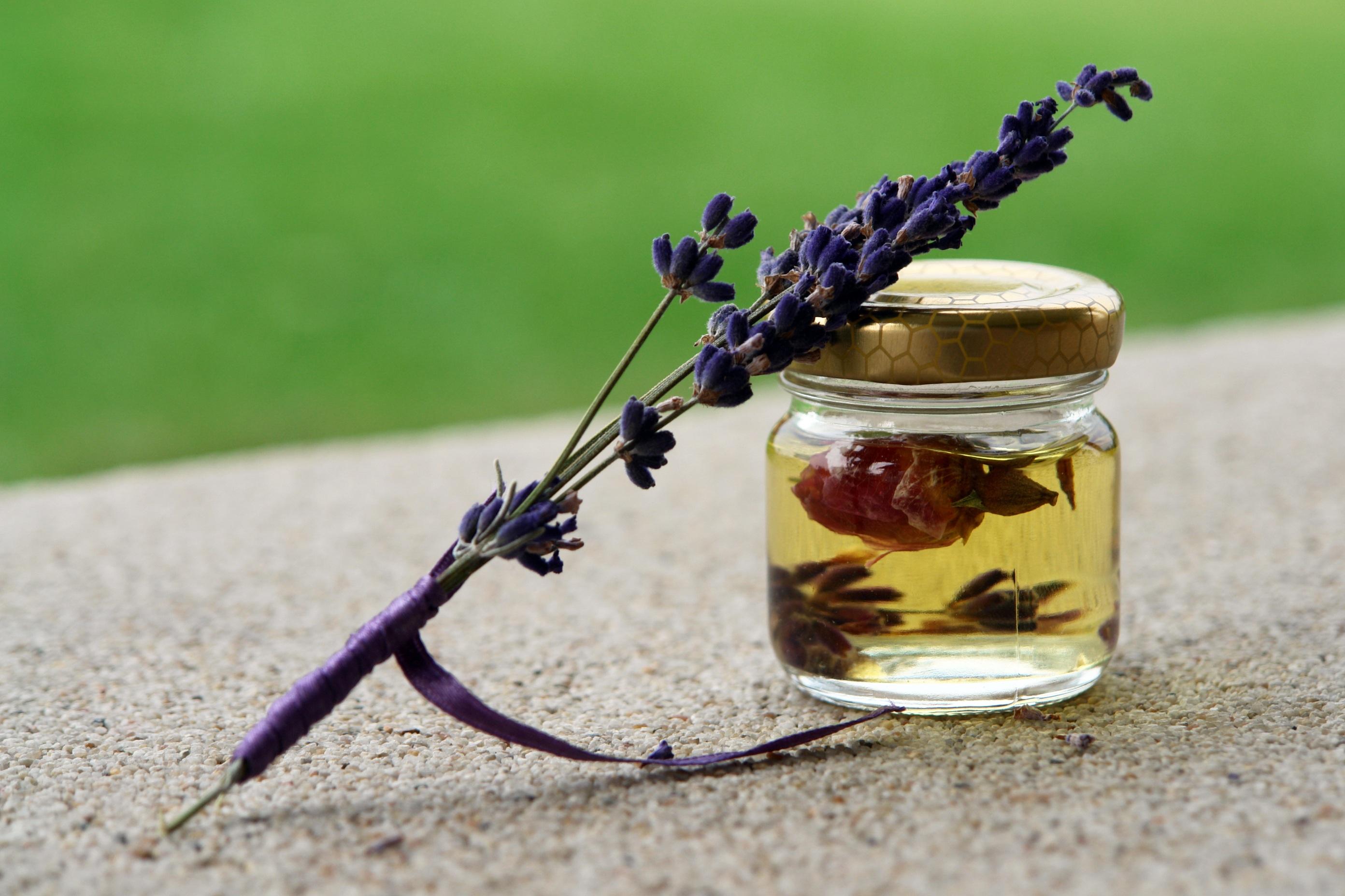 essential oils for a good night